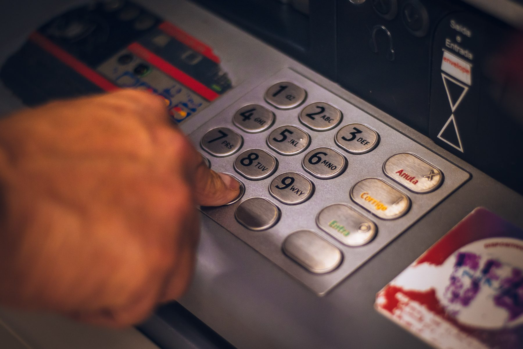 How To Find The Nearest Cashpoint